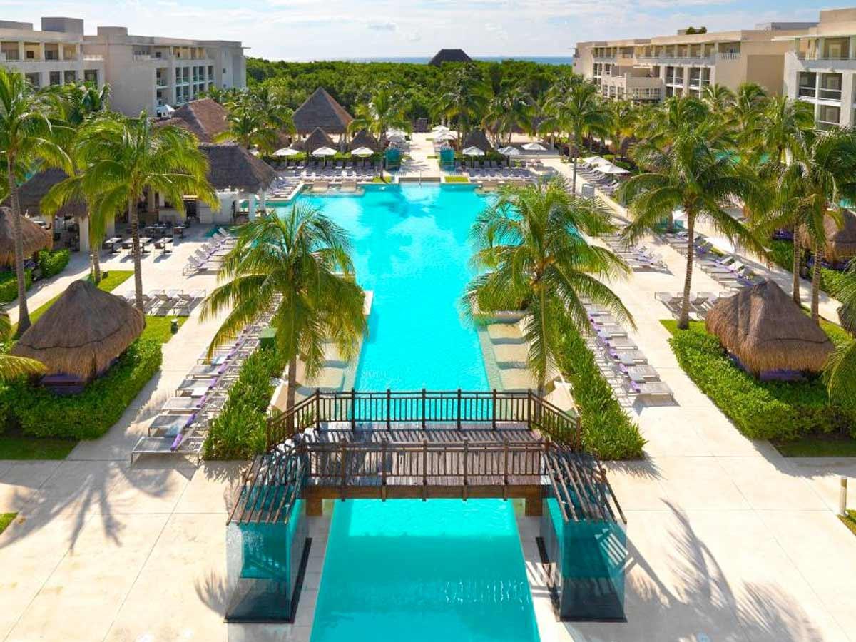 carmen adult del resort Playa